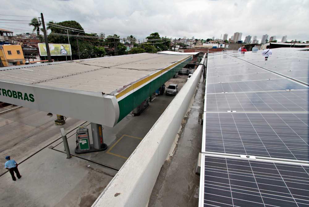 Empresário diminui conte de luz de 4 mil para 80 reais com Energia Solar