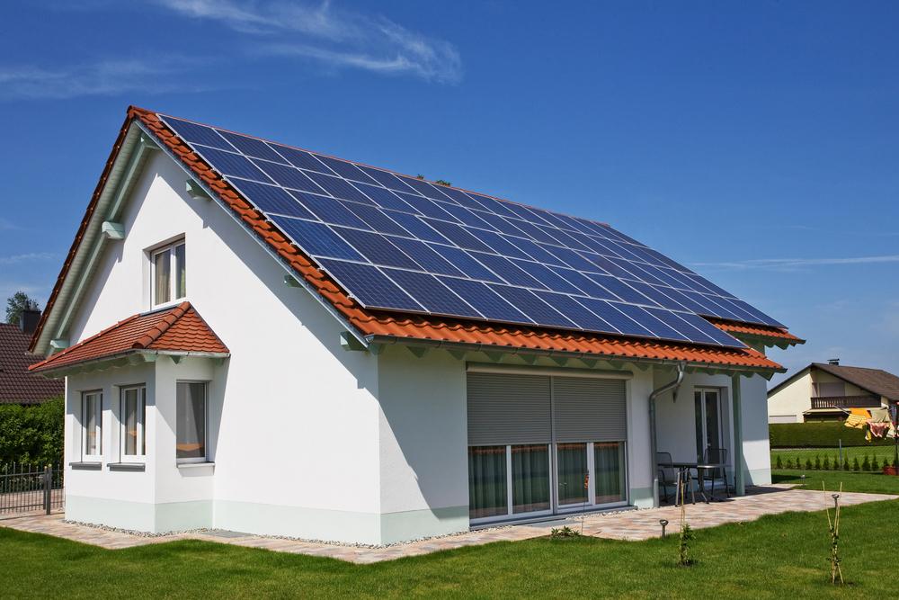 5 benefícios das placas solares fotovoltaicas